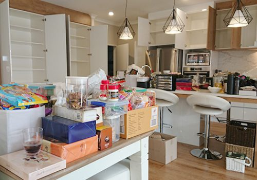 Professional organising service   Decluttering